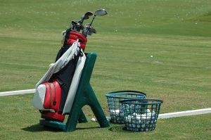初心者でもたった4本のゴルフクラブでスコア98を叩き出す戦略は?