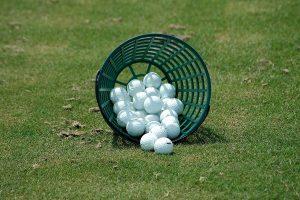 ゴルフでショットが格段に良くなるかも!オススメ練習器具は?