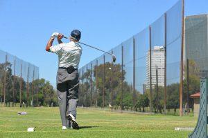 ゴルフ初心者がぜったいに知っておくべきスイングの基本を紹介!