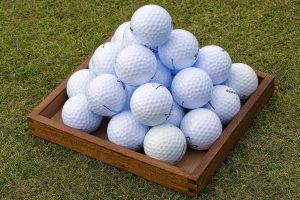 ブランド別で見るゴルフボールの特徴とは?