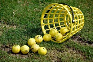 カラーのゴルフボールを使う3つのメリットとは?