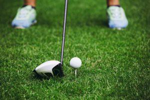 ゴルフ初心者のドライバーショットの飛距離の伸ばし方