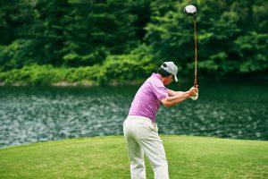 ゴルフ初心者のスライスボール克服法