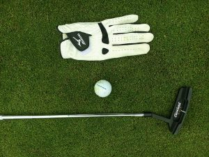 ゴルフのショートパットでよくあるイップスはどう克服する?