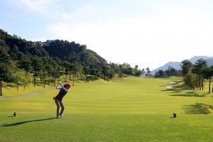 自分に合ったスタンス幅にするとゴルフのスイングが変わる!
