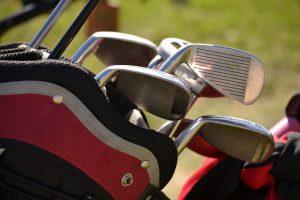 ゴルフメーカー製が良いもの、そうでなくても構わないものは?