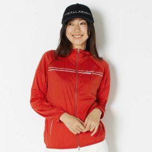 寒暖差の激しい季節のゴルフはバランスのよい重ね着で対応!